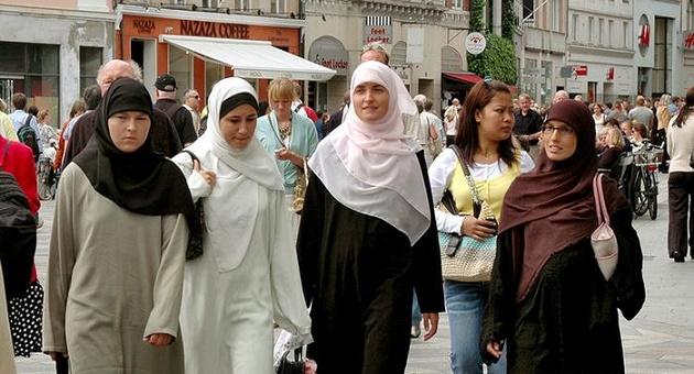 Muslim Women 3.7.2019