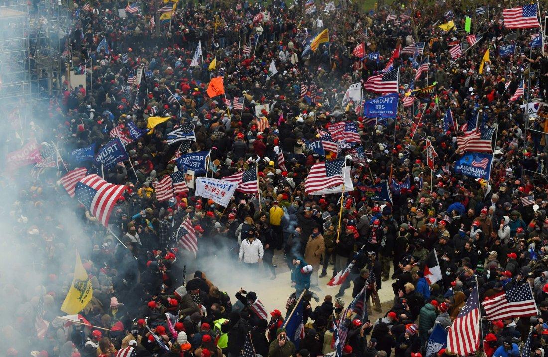 1 Trump riot 1.6.2021.jpg