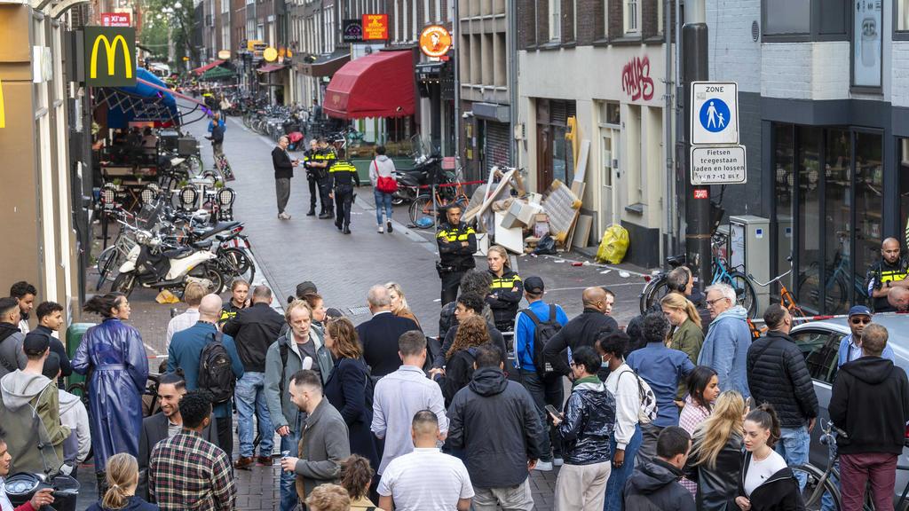 Amsterdam Peter de Vries IV7.6.2021.jpg