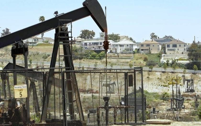 LA oil drilling IV 9.29.2021.jpg